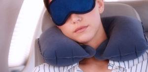 Как спать в самолете