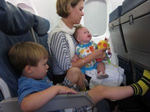Перелет с детьми - большой стресс