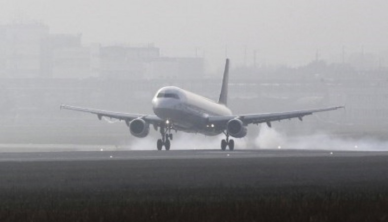 При необходимости самолет может совершить экстренную посадку в ближайшем аэропорте