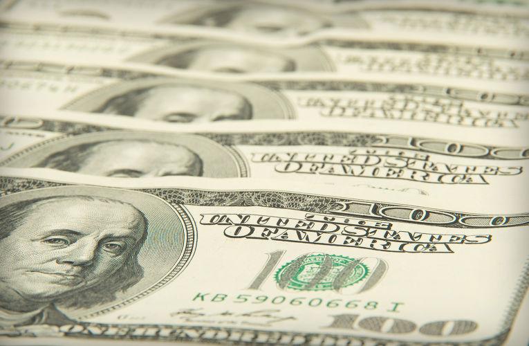 Госпошлина за выдачу временного удостоверения личности составляет от 20 до 100 $ США