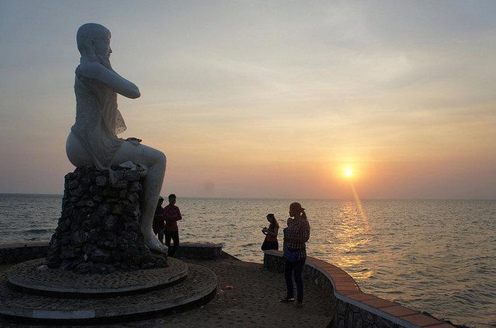 Кеп (Kep) — небольшой курортный город на южном побережье Камбоджи