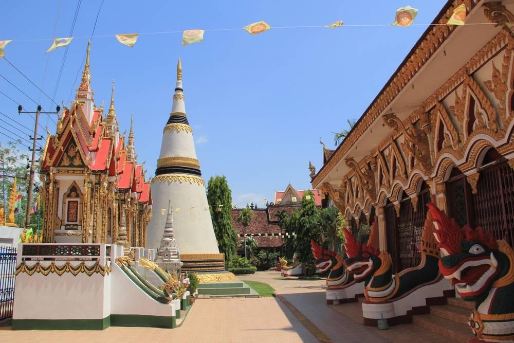 Паксе (Pakse) в Лаосе