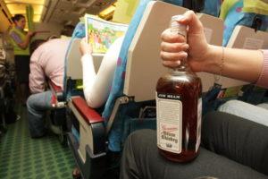 Провоз алкоголя возможен только совершеннолетними гражданами