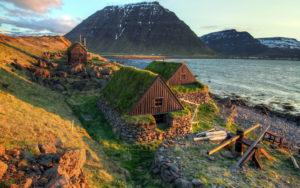 Травяные крыши в Исландии