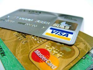 В некоторых случаях при прохождении регистрации необходимо предъявить карточку, с которой списались деньги за билеты