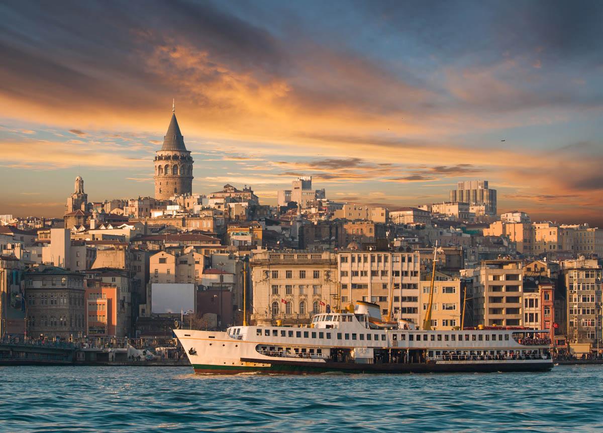 Вид на Галатскую башню, Стамбул, Турция