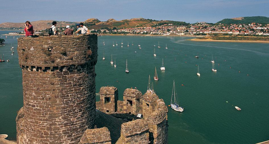 Вид с замка Conwy, Уэльс, Великобритания