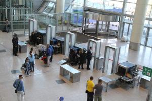 Входной контроль аэропорта Домодедово