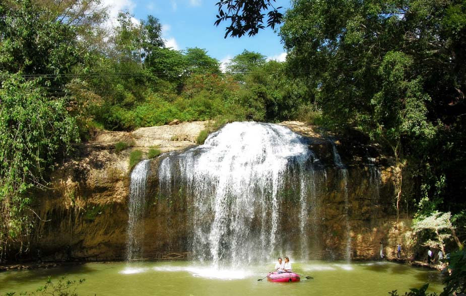 Водопад Пренн. Вьетнам