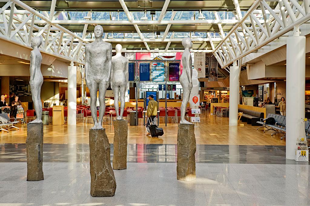Зал аэропорта в Исландии