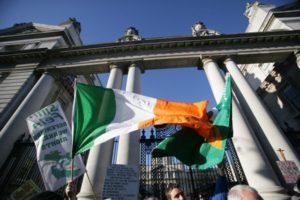 Современная внешняя политика республики Ирландия во многом обусловлена её членством в Европейском союзе, хотя двусторонние отношения с Соединенными Штатами и Соединённым Королевством также имеют важное значение для страны