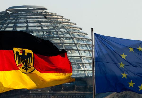 Германия рассматривается как лидер ЕC, локомотив развития этой международной организации, как одна из наиболее влиятельных держав на современной политической арене