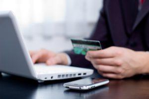 По кредитным картам