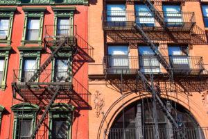 Актуальна проблема шумных соседей в Нью-Йорке
