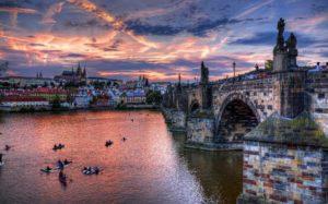 Чехия имеет наиболее успешную и стабильную экономику среди стран бывшего коммунистического лагеря