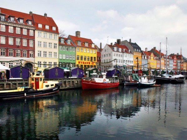 Дания возглавила рейтинг самых счастливых стран мира