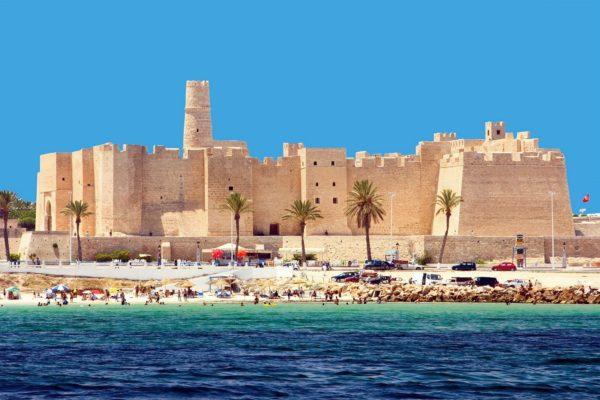 Для въезда в Тунис виза не требуется