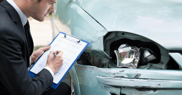 Если водитель нанес ущерб имуществу других пострадавших, предусматривается компенсация на восстановление