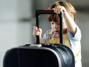 Как оформляется согласие на выезд ребенка за границу
