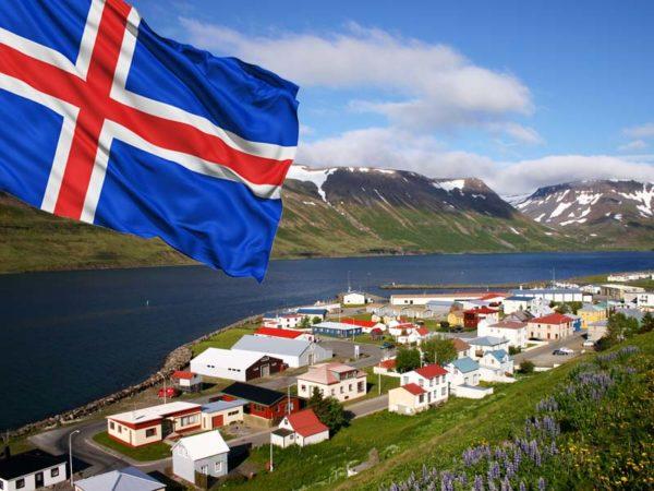 На протяжении многих лет Исландия ежегодно входит в десятку стран с лучшим уровнем жизни