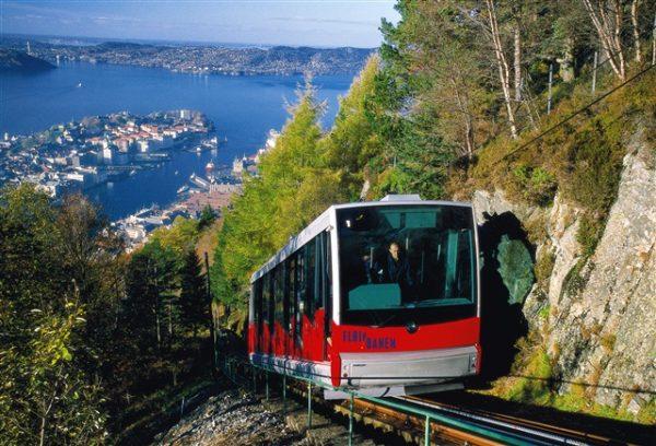 Норвегия постепенно стала превращаться в одну из богатейших стран мира, где ВВП на душу населения достигает 40 тыс. долларов
