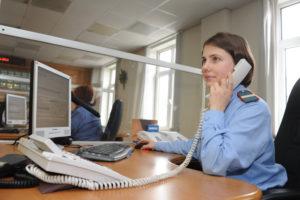 Проверить готовность гражданства можно позвонив на телефон горячей линии УФМС