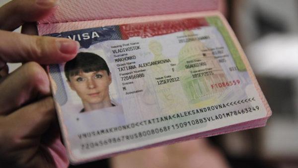 Визы в США выдают только после личного собеседования