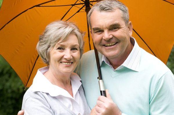 Все пенсионеры получают помощь от государства