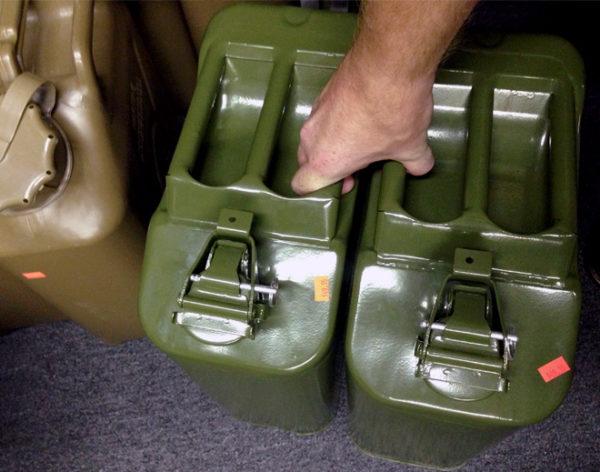 Бензин в канистрах ввозить в Марокко нельзя