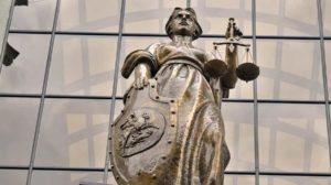 Через суд можно отменить запрет на въезд