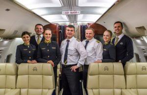 Экипаж самолета профессионален, можно смело им доверять