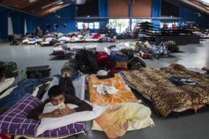 К беженцам относятся лояльно и с сочувствием