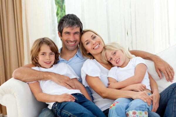 Канада планирует сократить время обработки заявки по воссоединению семьи в 2 раза