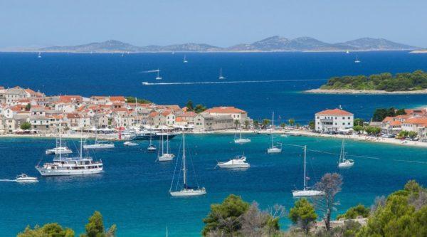 Курорты Хорватии давно известны европейцам, но туристы из России сравнительно недавно стали активно посещать эту балканскую страну