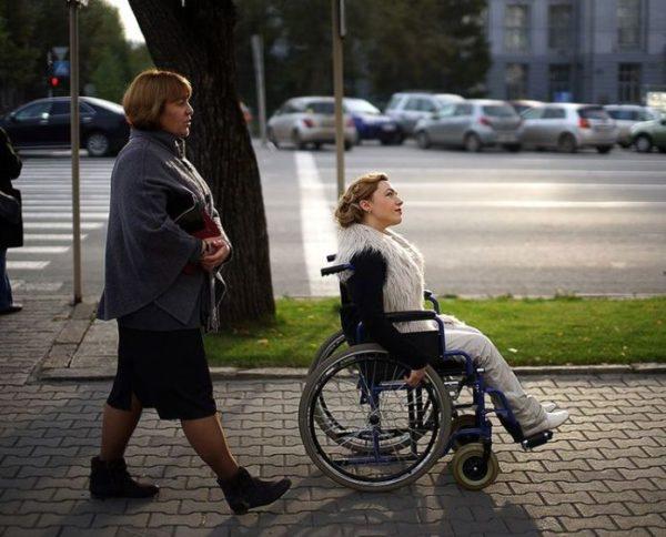 Недееспособный, достигший 18 лет, с опекунами-беларусами имеет право на гражданство РБ
