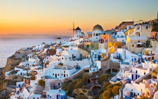 Островную часть Греции можно посетить из Турции