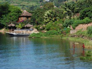 Руанду называют часто Землёй тысячи холмов, так как именно такой рельеф местности характерен для большей части территории
