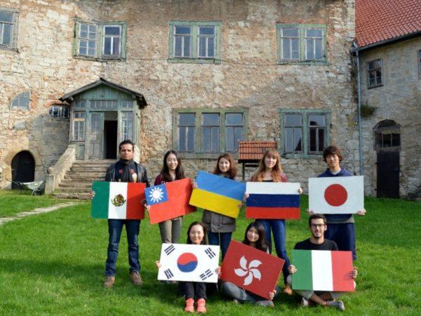Волонтерские проекты и волонтерство за границей