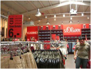 Хорошие и качественные вещи в Германии лучше приобретать в наиболее известных торговых центрах, таких как: Karstadt, Galeria Kauhfof, H&M, C&A, WOOLWORTH