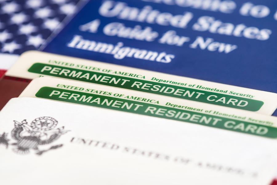Картинки по запросу Зеленая карта - что это и где она нужна?