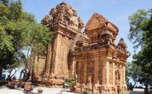 Чамские башни По Нагар, Нячанг, Вьетнам