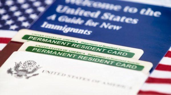 Грин-карта позволяет в будущем получить гражданство США