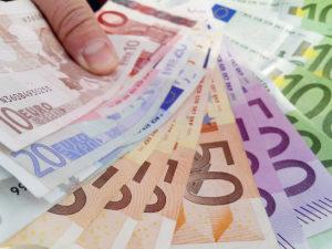 Иностранные счета позволяют быстрее проводить сделки и покупки в Европе