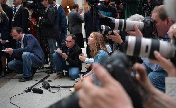 Отдел печати и коммуникаций отвечает на вопросы журналистом