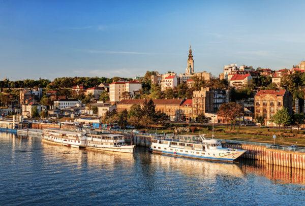 Отдых в Сербии придется по душе тем, кто не привык долго собираться в дорогу