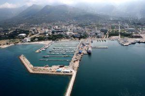 Порт города Бар