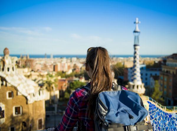 Посетить Испанию могут люди со стабильным доходом и официальной работой