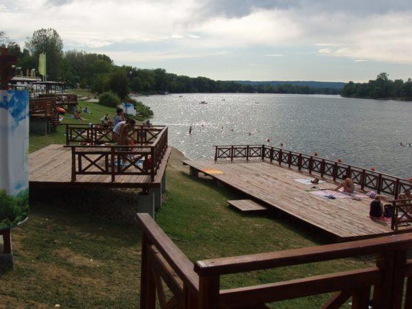Серебряное озеро в Сербии
