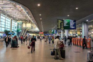 В аэропорт нужно прибыть за три часа до международного рейса на самолет