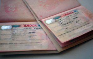 В ВЦ не дают стопроцентных гарантий на то, что вам одобрят визу